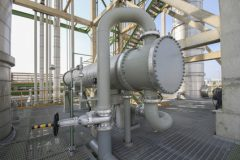 Heat exchanger in refinery plant